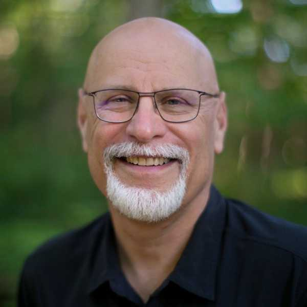 Rev Mark Hartburg